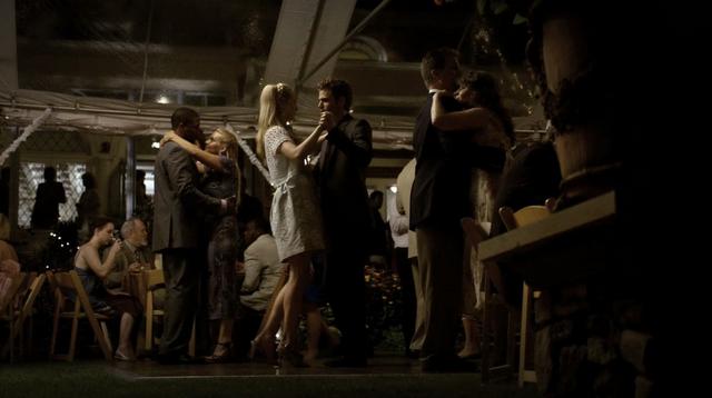 File:Caroline and Stefan dance 1x4.png