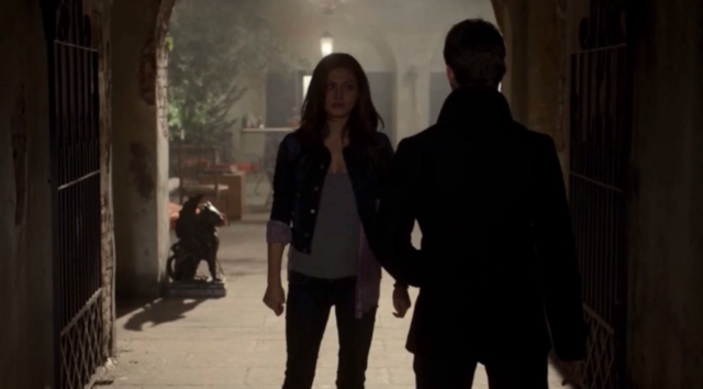 File:Hayley and Elijah 1x9.png