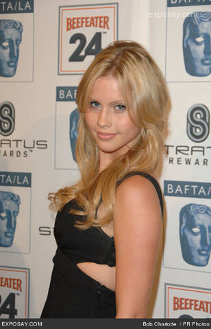 File:Claire-holt-2010-baftala-awards-season-tea-1HJe8N.jpg