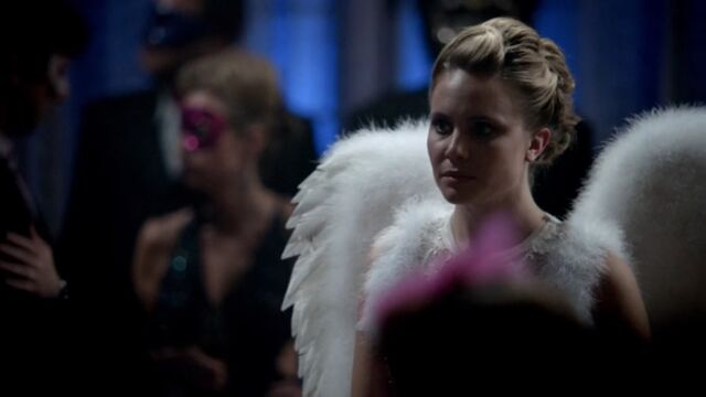 File:Camille 10 TO 1x03.jpg
