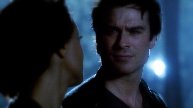 File:The.Vampire.Diaries.S05E22.720p.HDTV.X264-DIMENSION.mkv snapshot 41.40 -2014.05.17 16.12.38-.jpg