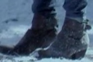File:B 6x17-Boots.jpg