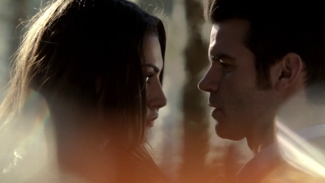 File:Hayley and Elijah 1x15.....png