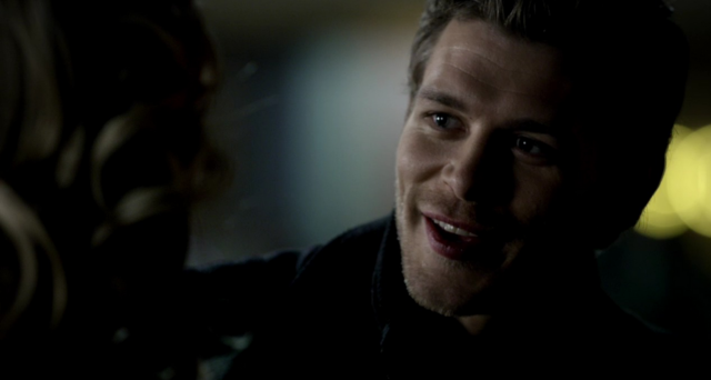 File:Klaus smiling to Caroline 3x15.png