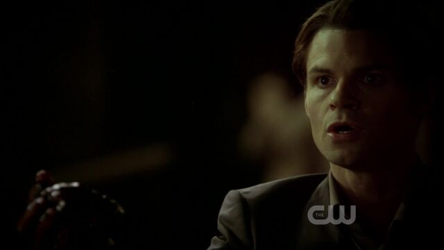File:3x12-The-Ties-That-Bind-elijah-28463040-1280-720.jpg