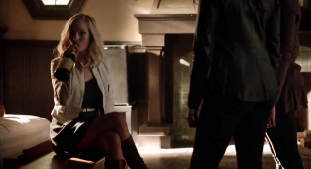 File:Caroline in 6x16..png