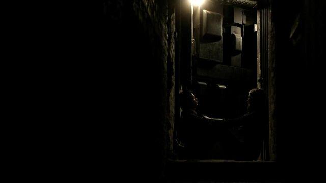 File:The.Vampire.Diaries.S01E19 - T V D F A N S . I R -.avi snapshot 41.21 -2014.05.22 15.45.25-.jpg