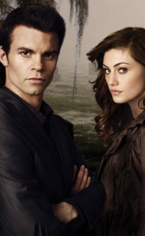 File:Elijah and Hayley season one.png
