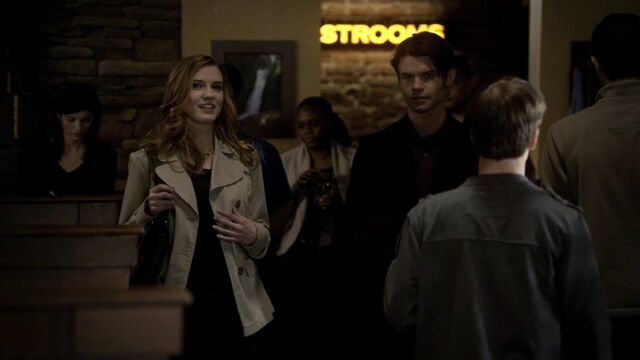 File:2x15-The-Dinner-Party-HD-jenna-sommers-19521624-1280-720.jpg