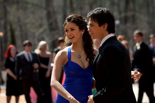 File:1-19-Miss-Mystic-Falls-the-vampire-diaries-20467082-2048-1365.jpg