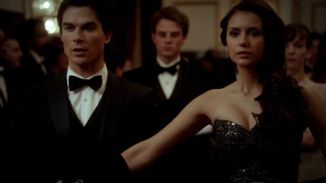 File:314VampireDiaries0542.jpg