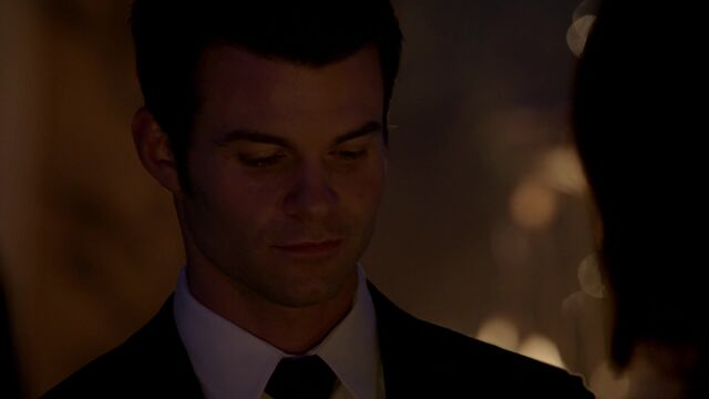 File:The Originals s01e17 HD1080p KISSTHEMGOODBYE NET 1900.jpg