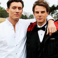 Casper Zafer (Finn) and Nathaniel Buzolic (Kol) on set.