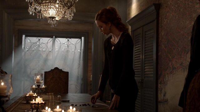 File:The Originals S01E21 mkv1226.jpg