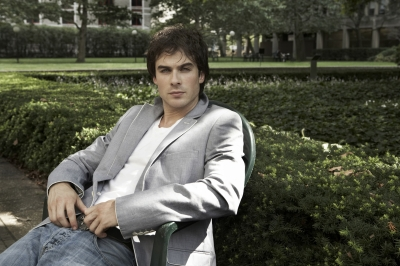 File:Ian-somerhalder-sitting.jpg