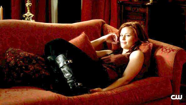 File:Cassidy Freeman Vampire Diaries Season 3 Episode tuYz6owFChCl.jpg