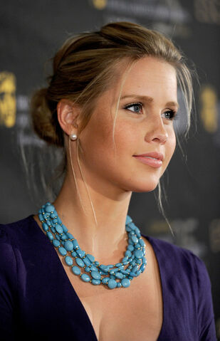 File:Claire+Holt+BAFTA+Los+Angeles+18th+Annual+MC5oI5VhRK6l.jpg