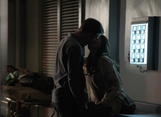 File:Jo-and-ric-kiss-in-605.jpg