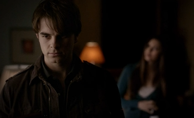 File:Kol-and-Elena-in-TVD-4.12-A-View-To-a-Kill.png