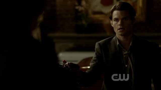 File:3x12-The-Ties-That-Bind-elijah-28463048-1280-720.jpg