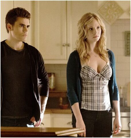 File:Stefan and Caroline 4x16.,..jpg