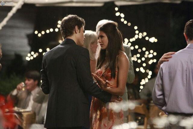 File:1x04-Family Ties (39).jpg