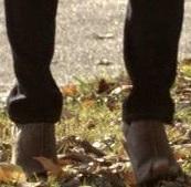 File:Bonnie-2x09-Boots.jpg