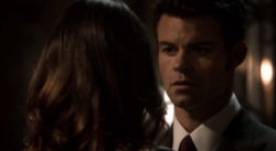 Hayley and Elijah in 1x21