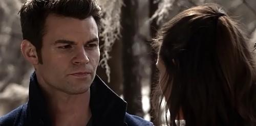File:Elijah and Hayley 1x18.jpg
