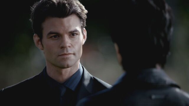 File:The-Vampire-Diaries-3x13-Bringing-Out-the-Dead-HD-Screencaps-elijah-28811795-1280-720.jpg