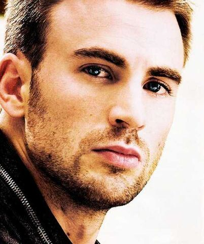 File:2954424-chris evans.jpg