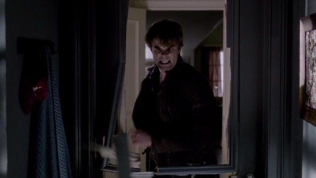 File:099-tvd-4x12-a-view-to-a-kill-theoriginalfamilycom.jpg