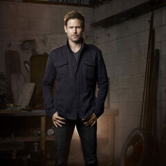 Matthew Davis as Jeff Sefton