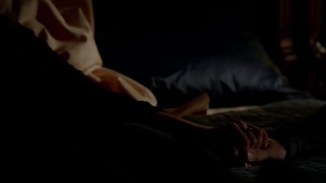 File:Cami & Klaus Hold Hands.png