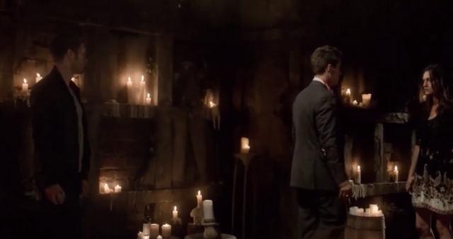 File:Klaus-Elijah-Hayley 1x22.png