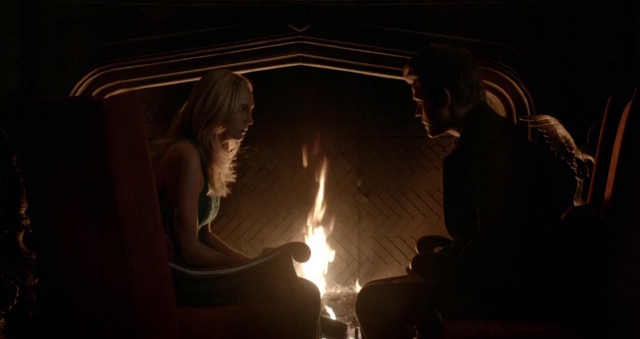File:Caroline and Stefan in 5x12.png