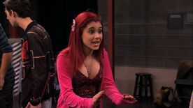 Victorious-1x03-Stage-Fighting-ariana-grande-20778764-1280-720
