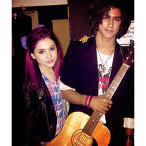 Ariana and Avan Picture