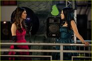 Victorious-prom-wrecker-04