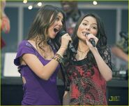 I-party-victorious-kenan-06