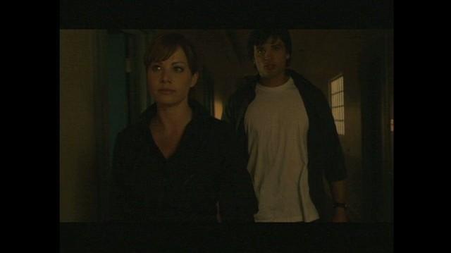 Smallville TV Clip - Feminine Charm