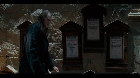 Harry Potter and the Order of the Phoenix - Practising spells