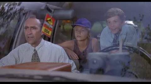 Jurassic Park - Entering the park