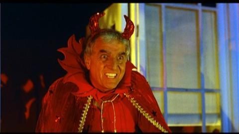 Hocus Pocus Blu-Ray (1993) - Clip Halloween