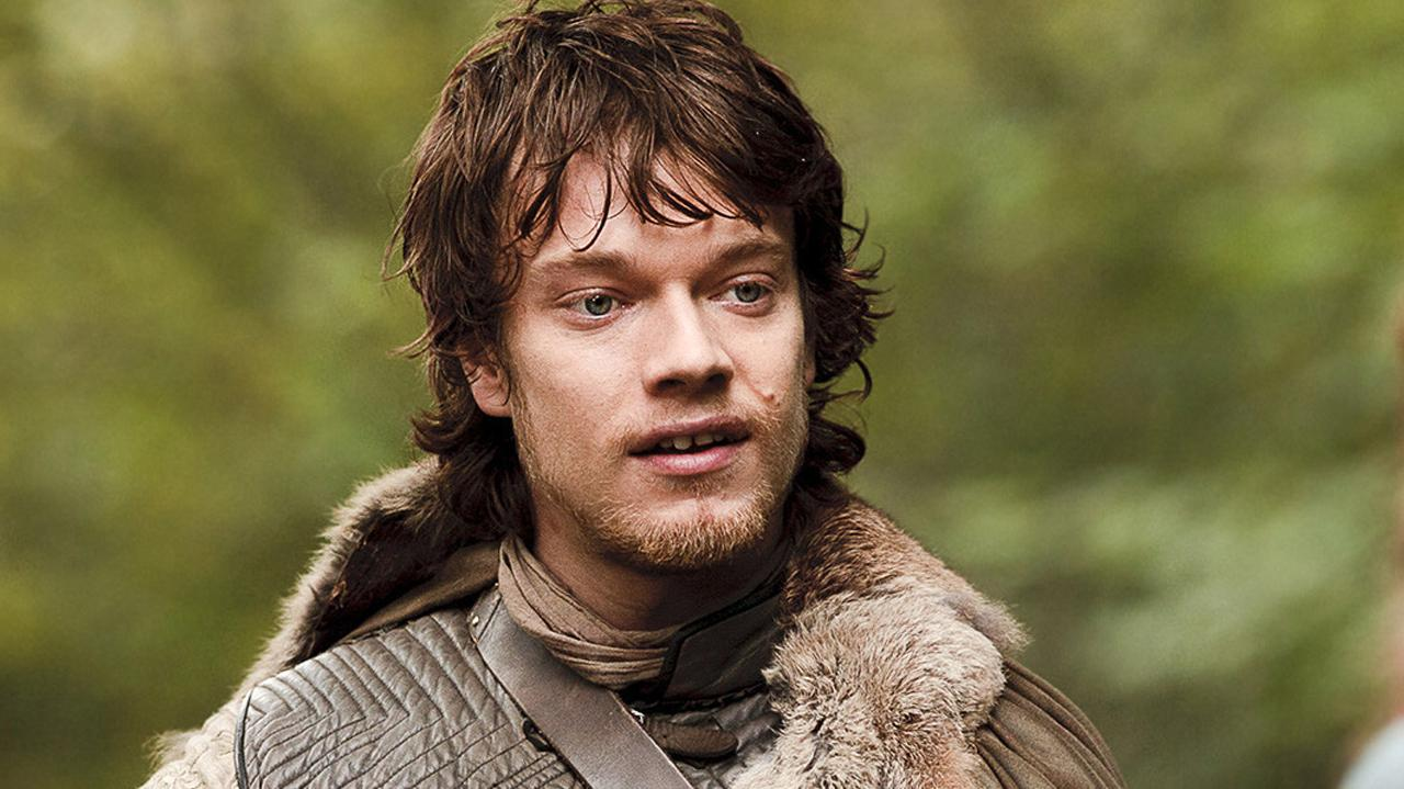 Game of Thrones - Alfie Allen aka Theon Greyjoy Answers IGN Fan Questions