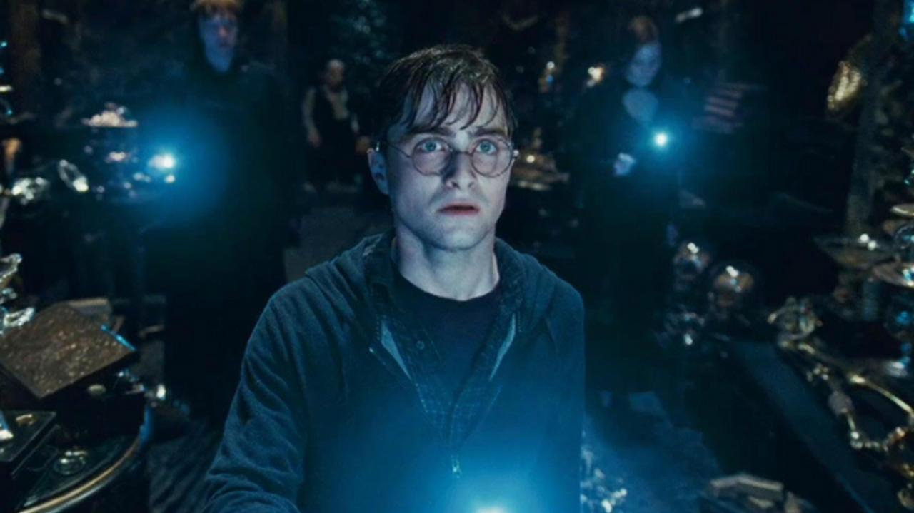 Harry Potter and the Deathly Hallows Clip - Up There