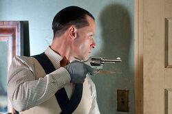 Guy Pearce as Charlie Rakes