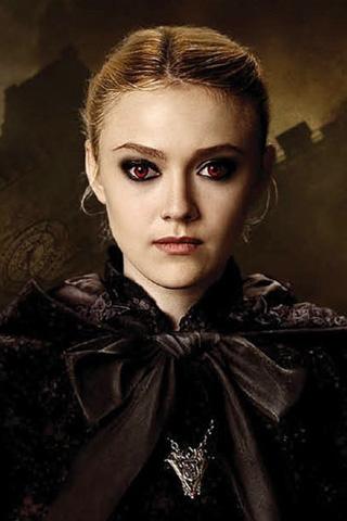 "Twilight Saga ""New Moon"" Jane Scene - YouTube"