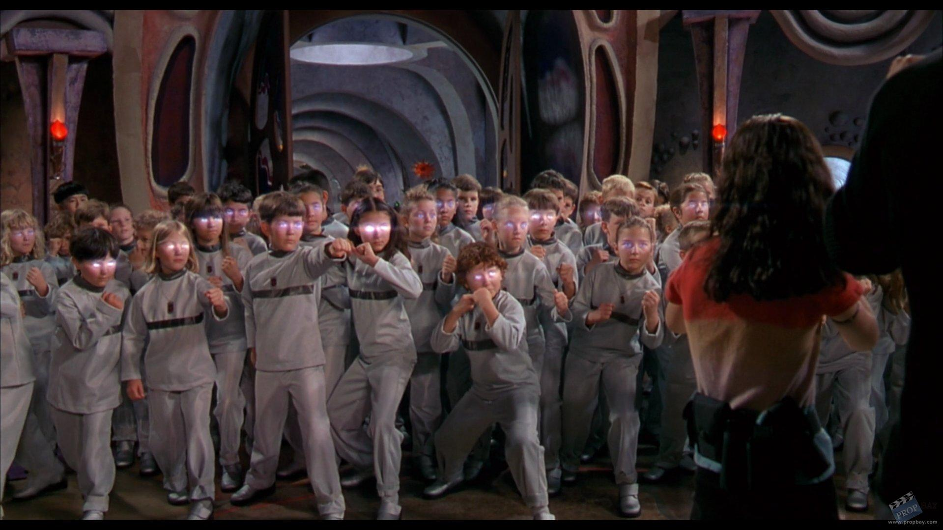 Дети шпионов пальцы охранники фото