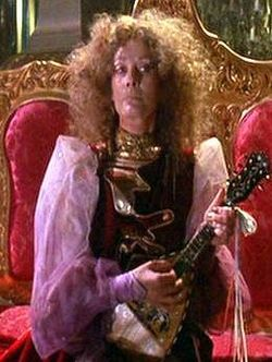 File:Mombi (Return to Oz).jpg